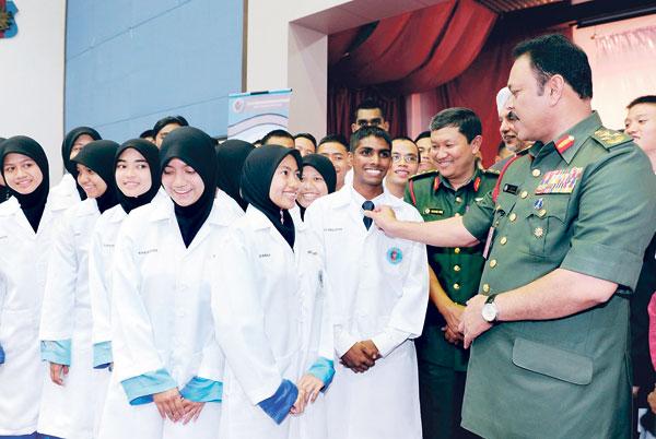 pelajar-perubatan-ketenteraan