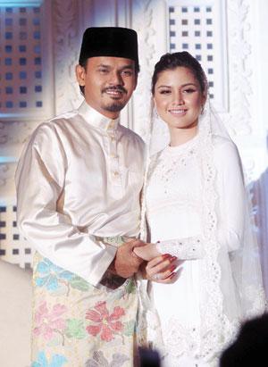 Gambar Kahwin dan Nikah Yusry dan Lisa Surihani