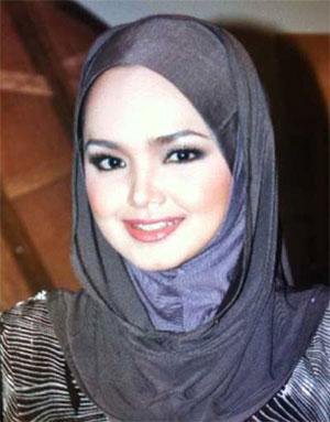 Datuk Siti Nurhaliza menutup aurat