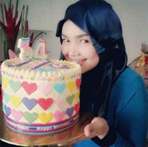 Gambar Siti Nurhaliza Bertudung di Harijadi ke-34