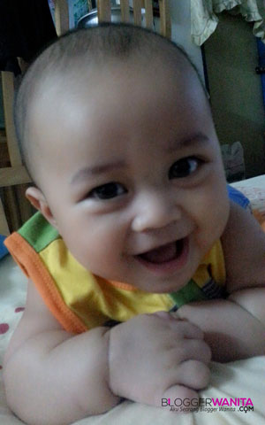 Baby syathir berusia 6 bulan..