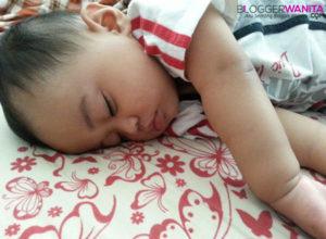 Cara tidur baby Awish 2
